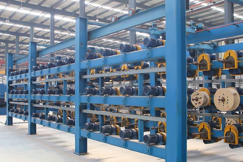 Expansión de FUDA, instale un juego de línea de producción de cordones de acero de 1.8MX15.6M.